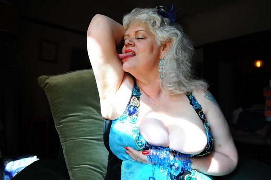 Пьяные голые бабушки фото 27478 фотография