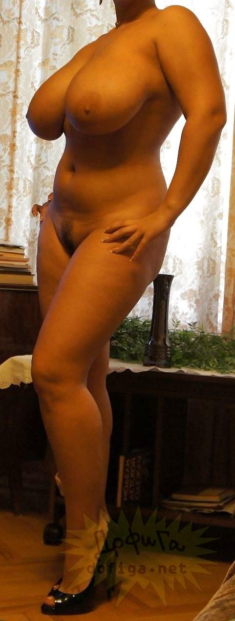golie-naturalnie-grudi